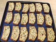 Bílkovo-ořechové suchary - recept na ořechové suchary
