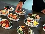 Jídlo do letadla - Jak se připravuje jídlo do letadla
