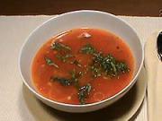 Rajčatová polévka s bazalkou - recept na rajčatovou polévku