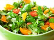 Zelený salát s mandarinkami - recept na salát se šunkou a mandarinkami