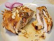 Plněné kuřecí prsa s mandlemi - recept