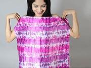 Tričko s odhaleným ramenem - Jak si udělat sexy tričko s odhaleným ramenem