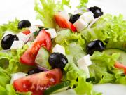 Řecký salát - recept na řecký salát