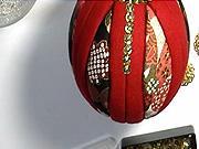Vánoční ozdoby- Vánoční koule - červeno zlatá kombinace s látky