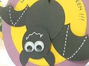 Pozdrav v tvaru netopýra - Halloweenska pohlednice