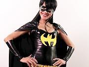Kostým Batgirl - ak si udělat  kostým Batgirl