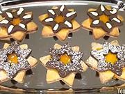 Dvoufarební linecké koláčky - recept na dvoufarební linecké koláčky