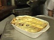 Cannelloni - recept na  palačinky zapékané s tvarohem, špenátem, smetanou, vajíčkem a sýrem