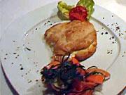Plněný kuřecí řízek - recept na kuřecí řizek plněný šunkou a sýrem