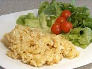 Knedlík se sýrem a vajíčky  - recept na sýrovo-vajíčkový knedlík