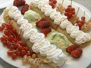 Palačinky se zmrzlinou a ovocem - recept na palačinky
