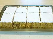 Mrkvový koláč - recept na mrkvový koláč s rozinkami, lískovými oříšky a skořicí