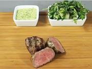 Biftek s bernskou omáčkou - recept na biftek na víně s bernskou omáčkou.