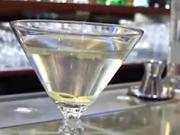 Martini - nápoj Jamese Bonda - recept na míchaný nápoj Martini
