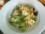 Letní Waldorf salát - recept na letní salát Waldorf