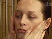 Odličování obličeje - Jak si odlíčit tvář