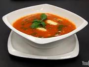 Tomatova polévka - recept na tomatovou polévku s bramborovými noky a parmezánem