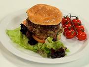 Hamburger s karamelizovanou cibulí - recept