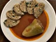 Plněná paprika - recept na plněnou papriku s rajskou omáčkou