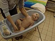 Koupání miminka - jak koupat miminko