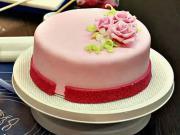 Zdobení dortu 3/3 - jak vyzdobit dort