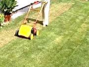 Provzdušňování trávníku - vertikutace