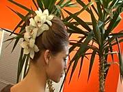 Vlasovy vyčes s květinami -  Jak udělat vlasovy vyčes se živými květinami - Účes do společnosti 1