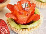 Jahodové růže - recept na jahodový košíček