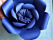 Květ z papíru - jak vyrobit modrý papírový květ