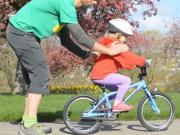 Jak naučit dítě na kole - jízda na kole bez pomocných koleček