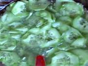Okurkový salát - recept na okurkový salát