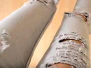 Roztrhané džíny - jak udělat roztřepené rifle