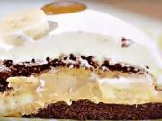 Banánový dort - recept na banánový zákusek s karamelově-smetanovým krémem