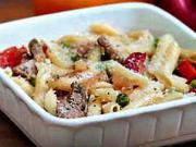Těstoviny s vepřovou panenkou - recept na těstoviny s vepřovou panenkou, zeleninou a sýrem