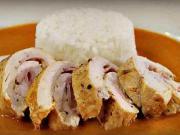 Kuřecí roláda - recept na kuřecí roládu v jemné paprikové omáčce