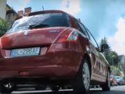 Rozjezd auta v kopci - jak se pohnout s autem v kopci