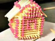 Domeček ze sirek - jak si vyrobit zápalkový domek
