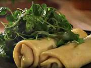 Špenátové palačinky s balkánským sýrem - recept na slané palačinky