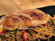 Asijské nudle s pečenou kachnou - recept