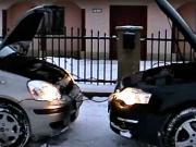 Startováni auta přes kabely - Startování auta pomocí startovacích kabelů -