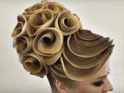 Vlasové inspirace - nápady na vlasové účesy