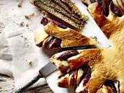 SLuníčko s ořiškovo-nugátovým krémem - recept na oříškovo - nugátový koláč