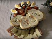 Plněný sendvič bramborovým salátem - recept
