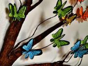Motýli na stromě - motýli z papíru