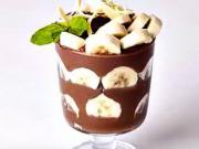 Kakaový dezert s banánem