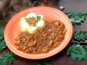 Houbový guláš s bramborovým pyré - recept