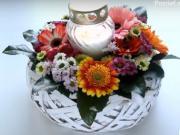 Květinová dekorace na Dušičky
