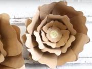 Jak vyrobit z papíru květinu