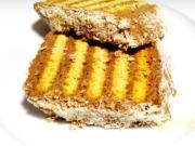 Metrový nepečený koláč z máslových sušenek