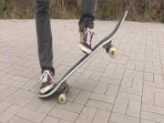 Skateboarding - Jak se naučit na skateboardu / skejtovat- lekce 1.-trick ollie